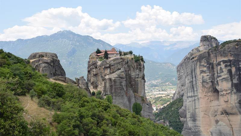 meteora monasterio santisima trinidad