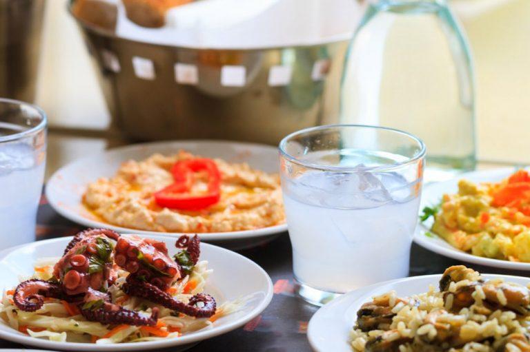 Comida y platos para probar en vacaciones en Chipre