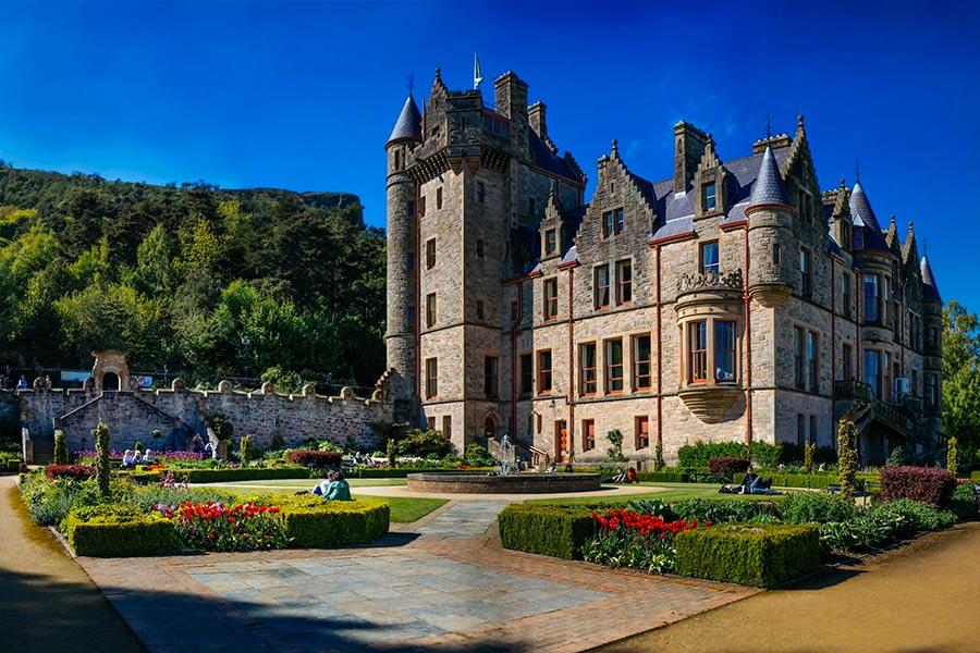 Castillo de Belfast es un castillo normando ubicado en el área de Cave Hill