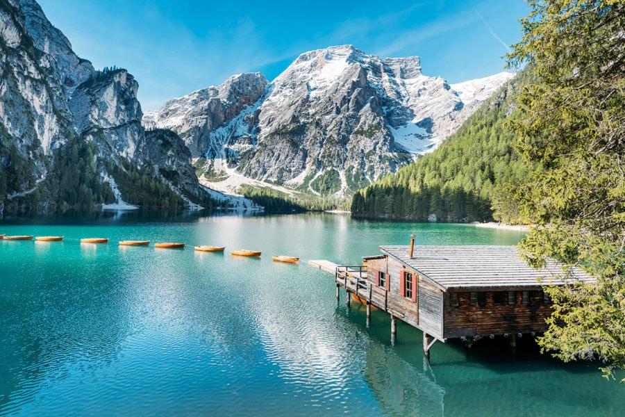 Consejos para visitar el hermoso Lago Di Braies en los Dolomitas italianos