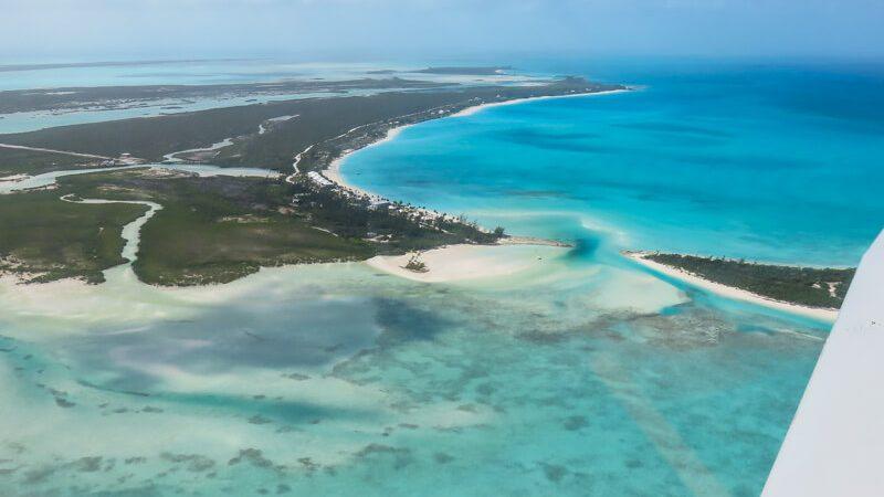 Unas vacaciones en Bahamas a Long Island Bahamas en Out Islands. Island Hop Bahamas en avión con Bahamas Air Tours que opera vuelos desde Florida a Bahamas.