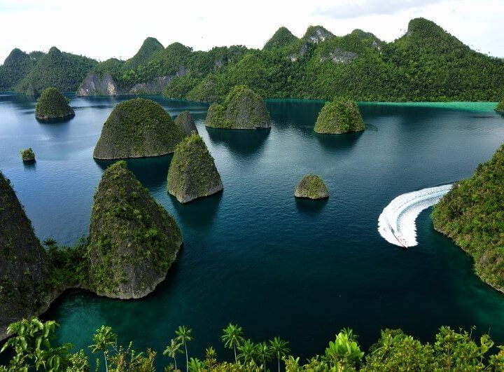 Raja Ampat Indonesia por Willy Priatmanto 2013 (1)