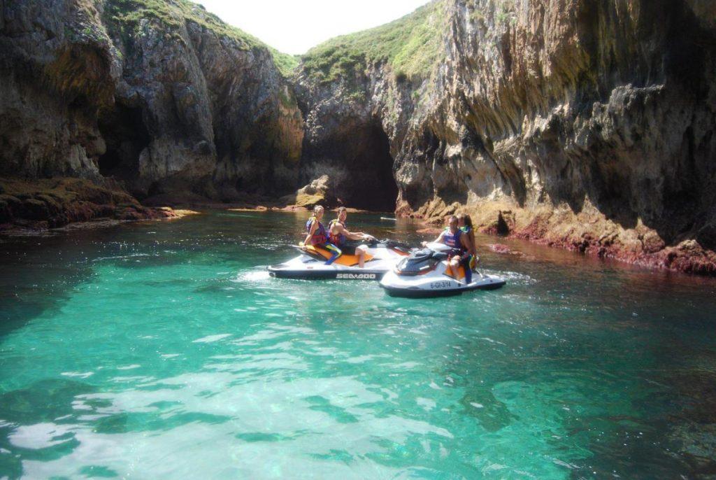 Aventura a bordo de una moto acuática